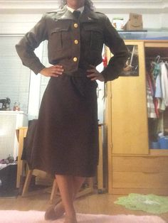 The completed skirt finishes of my Peggy Carter costume from Captain America: The First Avenger. Vogue pattern V9030