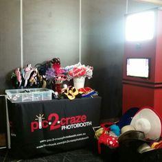 #pic2crazephotobooth #photobooth #fun #engagement #party @ #ettamogah #pub