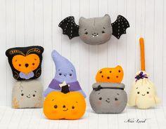PDF Pattern. Halloween garland. Owl cauldron broom di Noialand