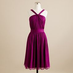 Love this color. Want to throw a cardigan over it and wear cute shoes.  =D