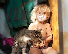 crianças-com-gatos-14