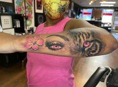 Feminine Tattoo Sleeves, Feminine Tattoos, Girly Tattoos, Badass Tattoos, Pretty Tattoos, Tatoos, Hard Tattoos, Dainty Tattoos, Black People Tattoos