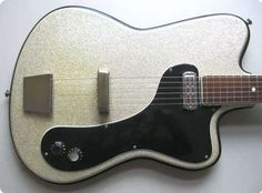 Guitar Musical Instrument, Guitar Art, Cool Guitar, Acoustic Guitar, Guitar Pins, Musical Instruments, Custom Electric Guitars, Custom Guitars, Unique Guitars
