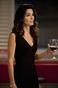 Jane Rizzoli (Angie Harmon)