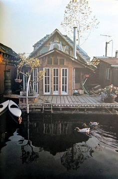 Houseboat Reflections of North America's Floating Homes... History architecture, and Lifestyles. By Ben Dennis and Betsy Case Published in 1977.