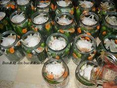 Castraveti in oţet (bulgaresti) - Bunătăți din bucătăria Gicuței Pickling Cucumbers, Tzatziki, Fresh Rolls, Preserves, Pickles, Candle Holders, Deserts, Good Food, Frozen