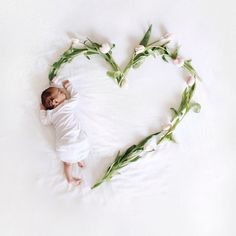 Adorable ideas for taking newborn baby pictures at home - Helge Schoe . - Adorable ideas for having newborn baby pictures to take home – Helge Schoe – In the first few m - Foto Newborn, Newborn Shoot, Newborn Pictures, Baby Pictures, Newborn Pics, New Baby Photos, Baby Props, Born Baby Pics, Cute Babies Pics
