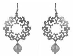 White gold plate wreath earrings