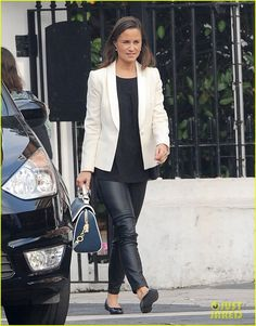 Royal Relative: Pippa Middleton lunches out in London looking chic, 9/24/13.