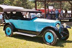 1921 Bour-Davis Seven Passenger Touring car. Bour-Davis Co. Chicago, Shreveport, Detroit 1915-1922