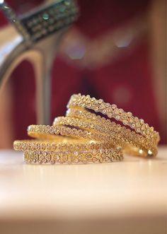 Detail shot of Indian wedding jewelry Bridal Bangles, Gold Bangles, Bridal Jewelry, Bangle Bracelets, Bangle Set, India Jewelry, Ethnic Jewelry, Fine Jewelry, Saris