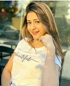 Hiba Nawab, Indian Tv Actress, Girls Dpz, Girl Poses, Celebs, Celebrities, Beautiful Actresses, Indian Beauty, Girl Pictures