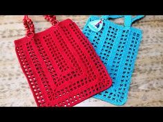 Crochet Cotton Macrame Rope and Beaded Handled Rectangle Lady's Bag Recipe. Nadire lady told me about the construction of the Crochet Oval Bag last Crochet Handbags, Crochet Purses, Diy Crochet, Crochet Top, Crochet Market Bag, Crochet Shell Stitch, Crochet Videos, Knitted Bags, Purses And Bags