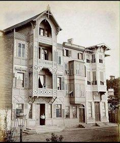 Büyükdere'de bir köşk  (1900ler) #istanlook #nostalji