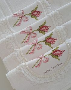 Hardanger Embroidery, Learn Embroidery, Cross Stitch Embroidery, Cross Stitch Kits, Cross Stitch Patterns, Diy And Crafts, Paper Crafts, Christmas Embroidery Patterns, Creative Art