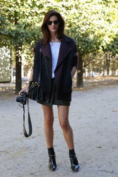 I love a wrap skirt in heavy fabric.  Reminds me of J. Aniston in the Friends series.