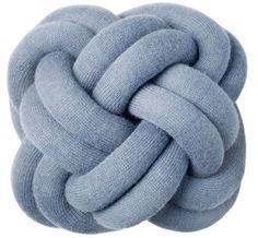 Coussin Knot Bleu - Design House Stockholm - Décoration et mobilier design avec Made in Design
