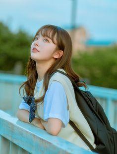 Ulzzang Korean Girl, Cute Korean Girl, Ulzzang Couple, Pose Reference Photo, Anime Poses Reference, Japanese Countryside, Beautiful Japanese Girl, Female Character Inspiration, Grunge Girl