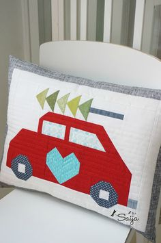 I got my christmas pillow done! I think it's quite cute! Pattern by and by saija_elina Christmas Pillow, Pillow Talk, I Got This, Things To Think About, Bed Pillows, Pillow Cases, Quilts, Sewing, Creative