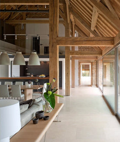 A great renovation by McLean Quinlan. A radical approach was required for this converted barn sited in open countryside. As the previous conversion had been so poor, we decided to. grange Converted Barn Sited In Open Countryside Barn House Design, Modern Barn House, Modern Wooden House, Converted Barn Homes, Wooden Barn, Wooden Walls, Wooden Frames, Wooden Doors, Rustic Kitchen Design