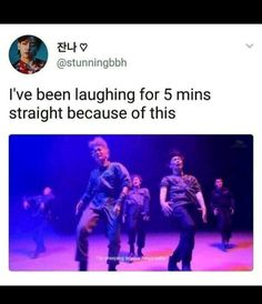 The longer you look the more hilarious it becomes EXO Kyungsoo, Chanyeol, Chanbaek, Exo Ot12, K Pop, Exo Monster, Jimin, Kim Minseok, Xiuchen
