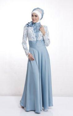 Gamis elegan dan menawan ini adalah hasil perpaduan karya desainer yang indah dan bahan yang berkualitas.