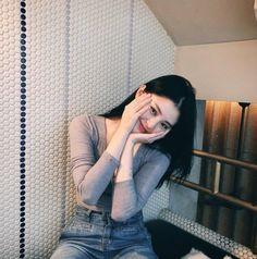 Korean Daily Fashion - Official Korean Fashion Ulzzang Fashion, Ulzzang Girl, Gal Gadot Model, Daily Fashion, Fashion Online, Jessica Jung Fashion, Korean Accessories, Apink Naeun, Korean Street Fashion