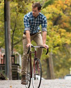 Sunday morning! Los domingos son mis días favoritos para salir en bicicleta. El tráfico es lento, no hay tanta gente en las calles y si el...