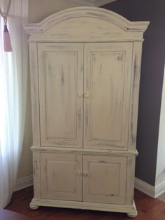 Armoire peinte Decoration, Painted Furniture, Furnitures, Parents, Painting, Baby, Home Decor, Yurts, Game