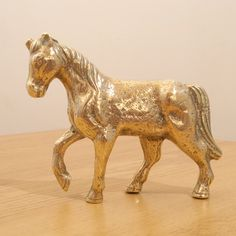 Vintage Brass Horse - Home Decor (roughly 13 cm long, 11 cm high) || Very heavy by UKAmobile on Etsy