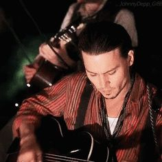 The perfect JohnnyDepp Movie Film Animated GIF for your conversation. Discover and Share the best GIFs on Tenor. Johnny Depp Images, Johnny Depp Pictures, Johnny Movie, Johnny Depp Movies, Johnny Depp Chocolat, Kentucky, Johnny Depp Wallpaper, Johnny Depp Characters, Jonny Deep
