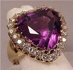 Vintage 1.1 ctw Diamond 14K LG Amethyst Heart Ring