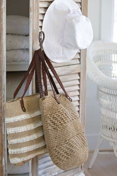 I think I need a beach hat this year - and that canvas tote bag wouldn't be bad either!