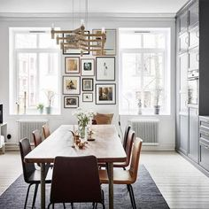 An eclectic and sophisticated styling for a beautiful, bright apartment in Sweden 💕 link in bio Decoracion Vintage Chic, Bright Apartment, Concrete Design, Style Vintage, The Great Gatsby, Beautiful Interiors, White Walls, Furniture Making, Industrial Style