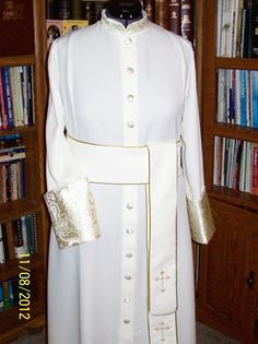 Custom Clergy Robes  Very Nice Quality One of A Kind Custom Men and Women Clergy Robes at A Reasonable Price, please contact me at credes27@bellsouth.net, credes27@heavensjoygifts.com and 678-565-4683 Also, you can see many products at www.heavensjoygifts.com