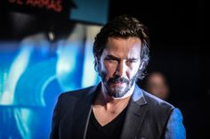 Keanu Reeves Photos: Premiere of 'Knock Knock' - Arrivals