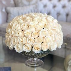 125 JLF Classic White roses are beautifully put together to create the perfect JLF dome shape in a vase Tap on the image to order! Basket Flower Arrangements, Rose Arrangements, Flower Vases, Order Flowers, Send Flowers, Fresh Flowers, Most Popular Flowers, Flower Boutique, Fresh Flower Delivery