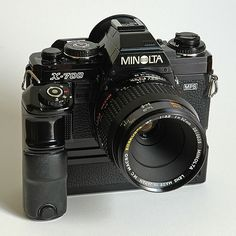 Minolta X-700, a very rubust 35mm manul-focus SLR camera. My second camera in 1989. I bought the moter drive a year later by pocket money!