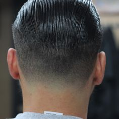 Slick back comb lines and tapered neck line @barberiaelcatrin. #ElCatrin #ElCatrinBarbershop #BarberiaElCatrin #ElCatrinBarberia #NeighborhoodNotHollywood #SuavecitoPomade #AceCardenas #AceOfFades #Hair #Haircut #Barbershop #Barber #TraditionalBarber #CaliforniaBarber #CombLines #Taper #TaperIt