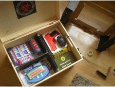 Zombie survival kit (17)