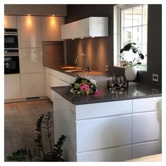 A view to a new #kvikkitchen ❤️ Cred: @wenchekrg #kvik #kitchen #manobykvik #whitekitchen