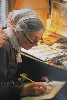 Tasha Tudor (August 1915 – June an American illustrator and author of children's books. The Tudors, Vie Simple, Art Original, Bird Illustration, Arte Floral, Art Studios, Artist At Work, Life Is Beautiful, Vermont