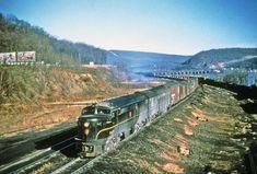 Fairbanks Morse, Pennsylvania Railroad, Diesel Locomotive, Trains, American, Building, Photos, Vintage, Pictures