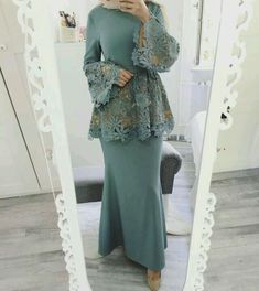Hijab outfit for occasions Islamic Fashion, Muslim Fashion, Modest Fashion, Fashion Dresses, Formal Fashion, Hijab Outfit, Hijab Dress Party, Abaya Mode, Dress Skirt