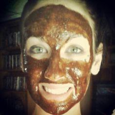 DIY Acne Scar Fading Mask Burning face mask!  1/2 tsp cinnamon (anti-fungal, astringent, anti-viral) 1/2 tsp nutmeg (anti-inflammatory) 2 tsp honey (many healing properties) 1 tsp lemon juice (vitamin C is great for fading scars or lightening skin)