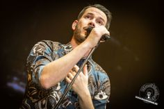 Johannes Strate (Revolverheld) – live in der König-Pilsener-Arena Oberhausen 2016. Weitere Fotos findet ihr auf der Website :)   Fotos @ David Hennen, Musikiathek