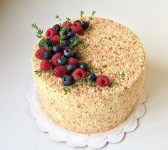 Good Pic fruit cake packaging Tips - yummy cake recipes Delicious Cake Recipes, Yummy Cakes, Cupcakes, Cake Packaging, Dessert Decoration, Strawberry Cakes, Cake Toppings, Food Cakes, Fondant Cakes