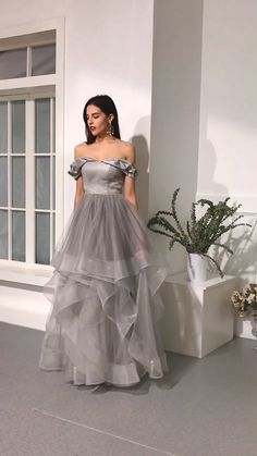 Off the Shoulder Organza Prom Dresses Formal Dresses Wedding Party Dresses Best Formal Dresses, Glam Dresses, Pretty Dresses, Fashion Dresses, Indian Gowns Dresses, Dance Dresses, Fashion 2018, Pop Fashion, Fashion Trends