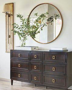 "5,394 Likes, 28 Comments - Luxe Interiors + Design (@luxemagazine) on Instagram: ""Mirror, mirror on the wall... #LuxeAtHome. @sandow 