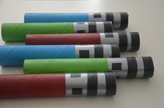 Lichtschwert Einladung aus Küchenrollen / Light saber invitations made of kitchen roll / Upcycling